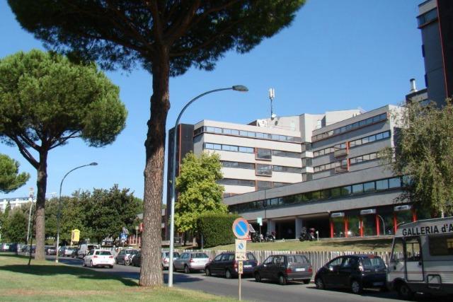 Business center roma uffici arredati parco de medici for Roma business center