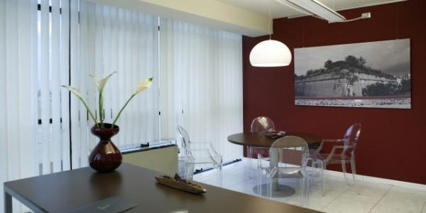 Uffici arredati uffici temporanei uffici residence oltre for Interni arredati
