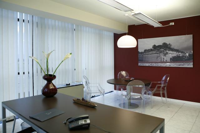 Very office prato ufficio temporaneo prato ufficio for Ufficio virtuale