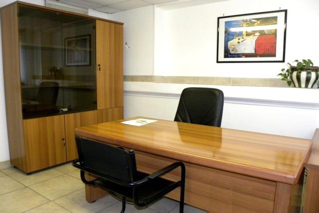 Gruppo ufficio via cassia uffici arredati via cassia roma for Cerco ufficio a roma