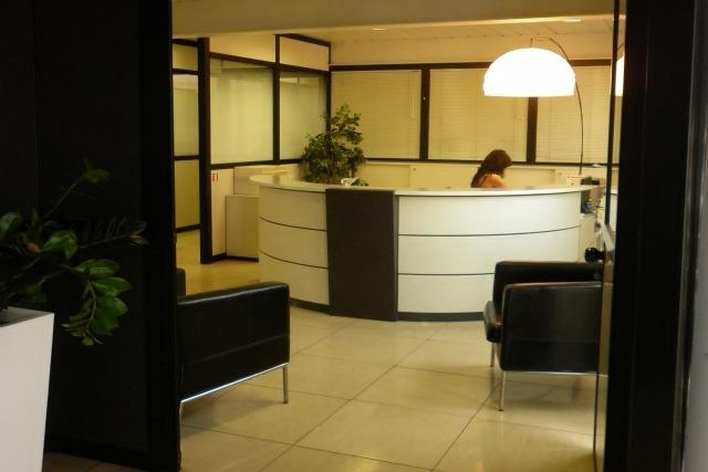 Voltaspazio business center uffici temporanei brescia for Uffici arredati