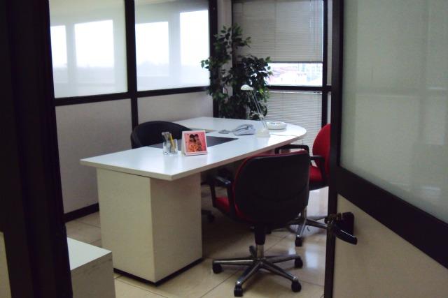 Voltaspazio business center uffici temporanei brescia for Ufficio temporaneo