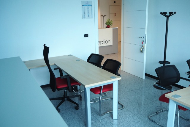 Ufficio In Condivisione Torino : Europa coworking noleggio sale riunioni a volpiano torino