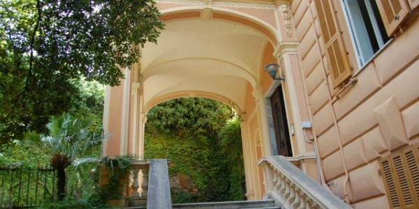 Genova centro uffici Cos
