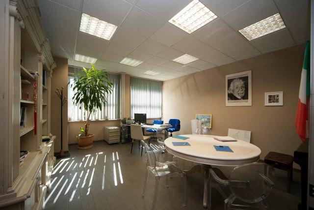 Ready offices mirafiori torino uffici arredati vicino for Uffici condivisi